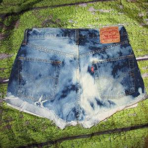 LEVI'S 501 L Vintage Denim Bleach Cut Off Shorts
